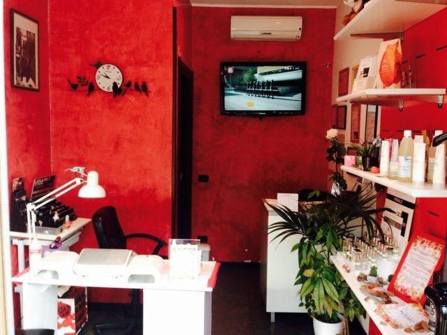 Centro estetico e solarium Frusky Nails & Body art